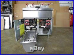 1482-Vulcan Electric Deep Fryer, 2-battery 50 lb oil capacity Model 2ER50AF-2