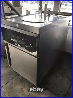 2009 Giles Electric Deep Fryer With Filter System & Auto Lift GEF-720