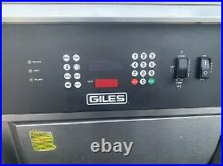 2015 Giles Electric Deep Fryer With Filter System & Auto Lift GEF-720- Late Model