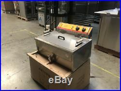 25L Electric Deep Fryer Counter Top Model FY25 Large Wide Basket 220V NEW