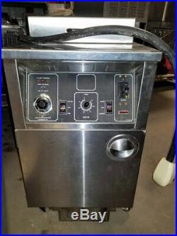 BKI ALF-F Electric Large Volume Deep Fryer Auto-Lift 3 PH 208/230V Filtration
