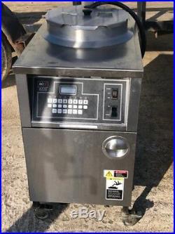 BKI ALF-FC, electric large volume deep fryer, auto-lift, three-phase 208/230V