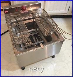 Cecilware EL310 Deep Fryer with Baskets Used 1 Time