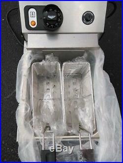Electric countertop deep fryer