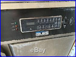 Giles Electric Deep Fryer With Filter System And Auto Lift GEF-720