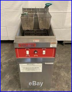 Vulcan electric deep fryer Model # 1ERD50 480 volts 3 phase Clean lightly used