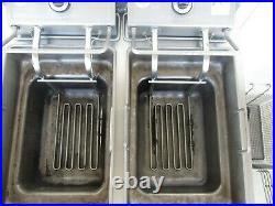 Wells F-67 Standard Countertop Dual Pot 30lb Electric Deep Fryer #5770
